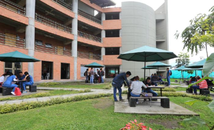Facultad Ciencias Exactas y Naturales